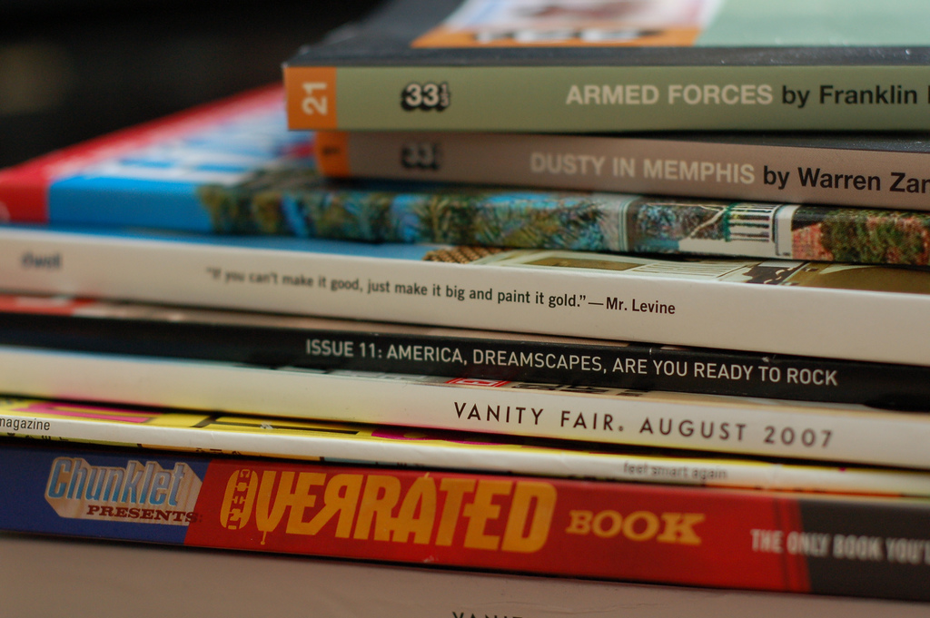 Reading Material - Elvissa on Flickr
